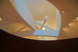 086 Guggenheim - Richard Serra