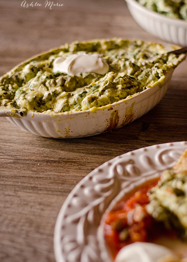 I love the cheesy goodness of spinach artichoke dip, and since it has spinach it means it's healthy right?