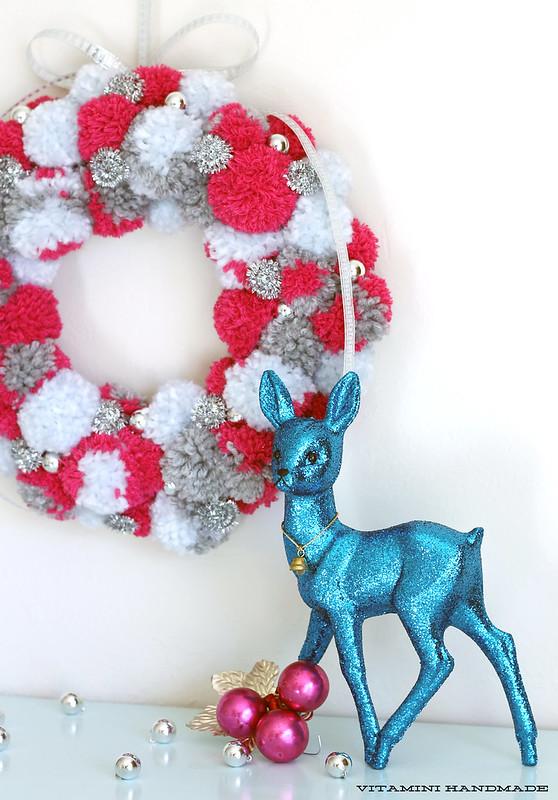 DIY Pompom Wreath