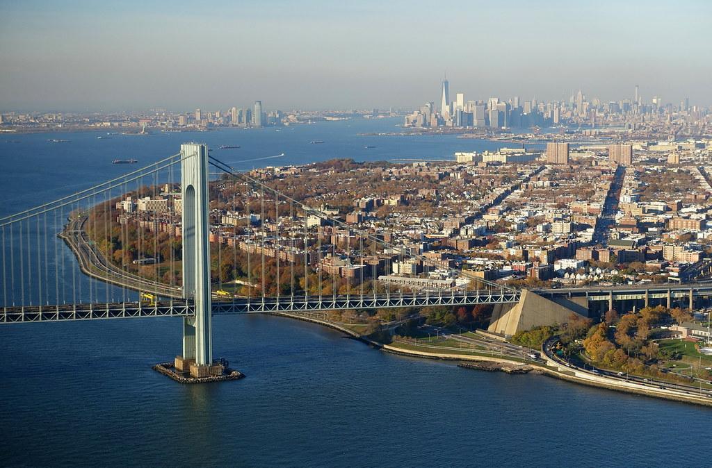 15778383892 4f77e0c6b4 b Полет над Нью Йорком.