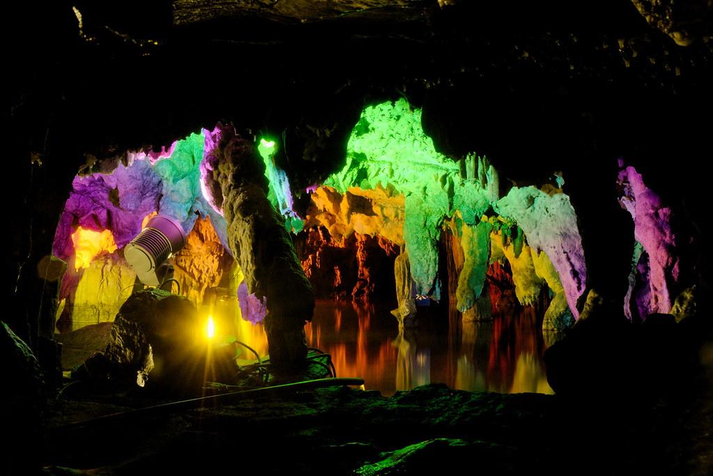 Maki Cave 06-2