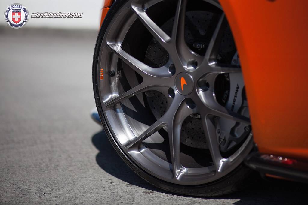 McLaren 650S on HRE P101 | Back to back killing it on 650S ...