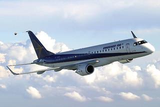 Embraer 190, con capacidad para cien plazas.