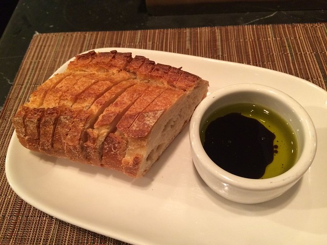 Bread with olive oil - Barbacco