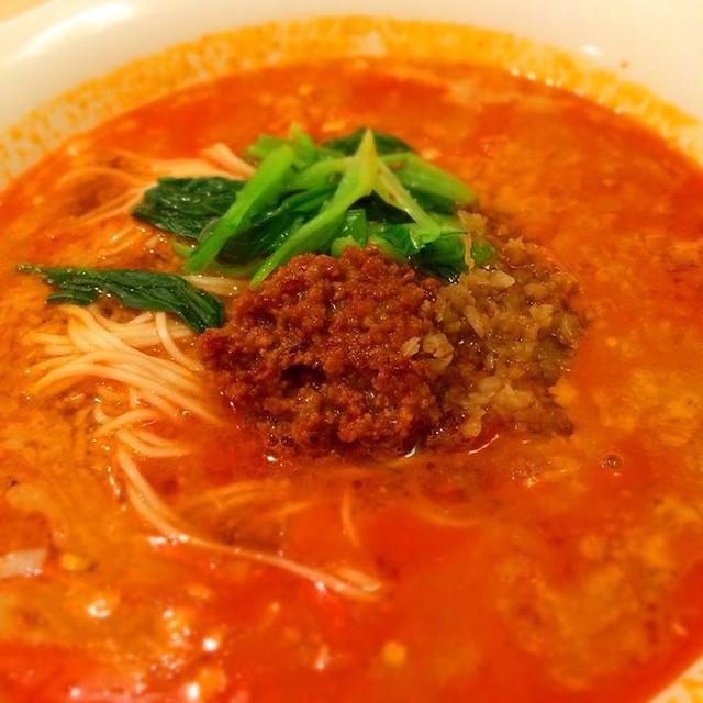 昨日は牛丼。本日は担々麺。 at 龍の子 http://miil.me/p/4pf7u