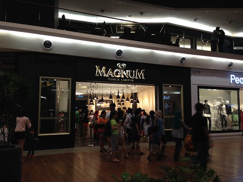 Magnum Cafe @ Mid Valley