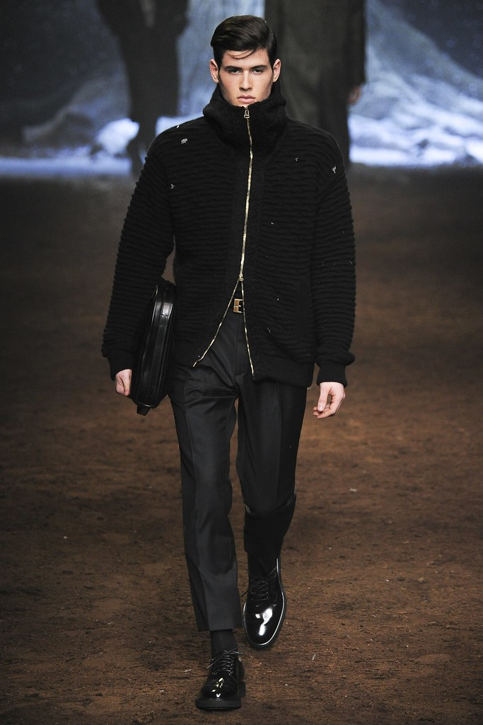 FW15 Milan Corneliani043(VOGUE)