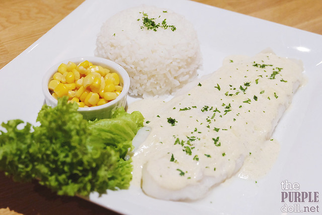 Sole Fillet with Lemon Pepper Cream Sauce (P450)