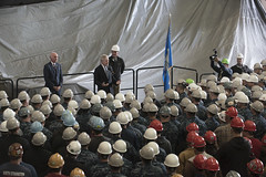 SECNAV Ray Mabus holds an all-hands call for Sailors and shipyard employees at General Dynamics Electric Boat.
