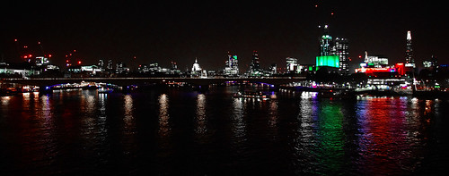 D12126.  River Thames from Hungerford Bridge.