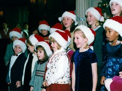 musical theatre(0.0), people(1.0), santa claus(1.0), christmas(1.0),