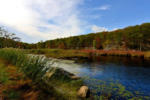 newyork lakes parks stateparks tuxedony harrimanstatepark lakestahahe rt106
