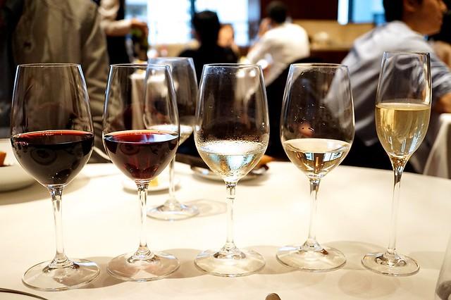 141108 Amber weekend wine set
