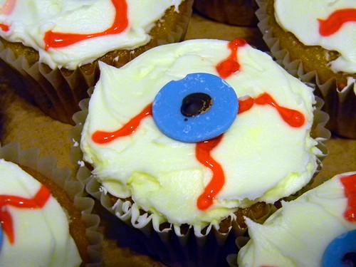 Spookfetti Cupcakes