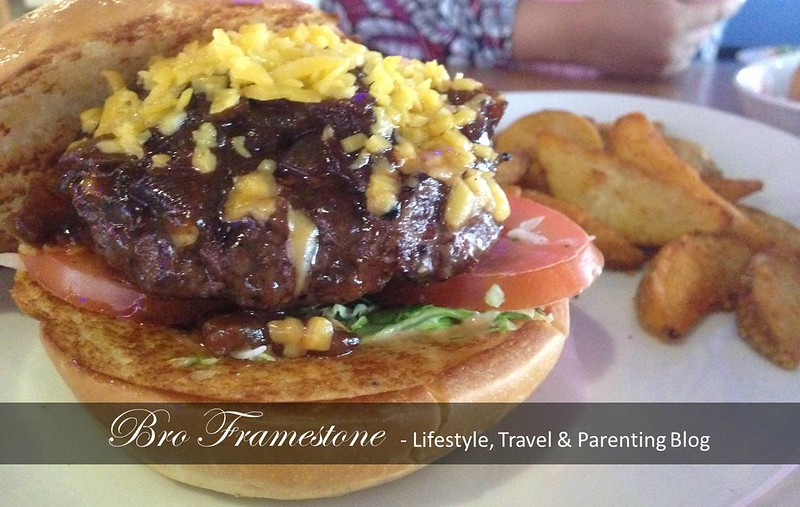 Fuddruckers - Cowboy Burger
