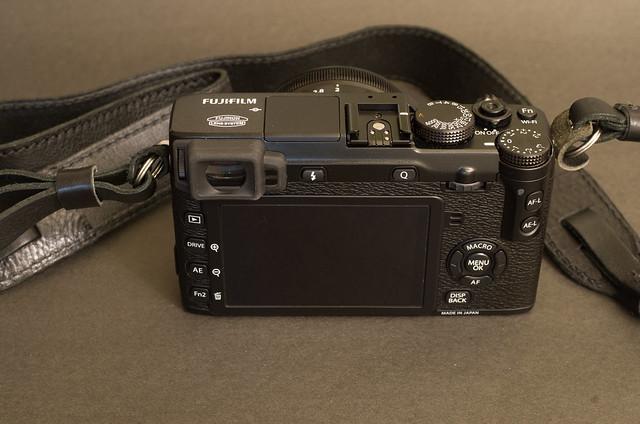 其他家的開箱,黑色的Fujifilm X-E2