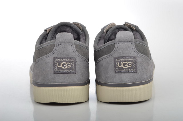 ugg australia evera sneaker lammfell gef ttert 1888. Black Bedroom Furniture Sets. Home Design Ideas