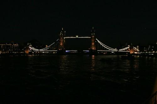 Londra: il Tower Bridge di notte