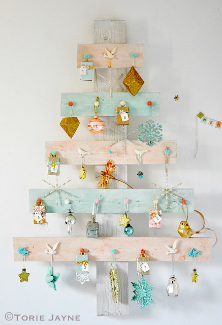 Advent palette tree 1