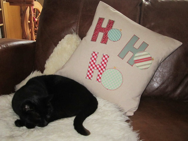 Ho Ho Ho applique cushion (2)