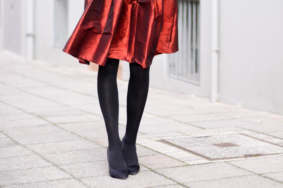 red skirt christmas outfit weihnachtsoutfit mädchen fashion mode modeblog fashionblogger pretty schwarz elegant hannover berlin ricarda schernus blog 4