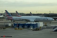 N727AN - 33541 1176 - American Airlines - Boeing 777-323ER - Heathrow - 141220 - Steven Gray - IMG_2676