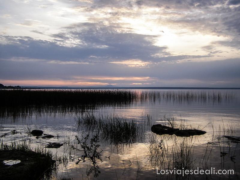 lagos de etiopia atardecer en el lago langano