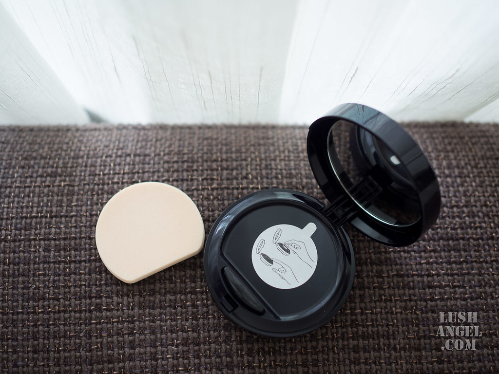 estee-lauder-liquid-foundation-compact