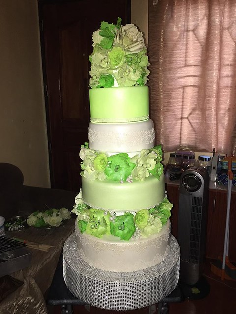 Cake by Whelyne Ann Davila of Dream Cream Pastries
