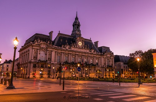 tours france nikon d5300 ville city 18140 blending sunrise light région centre mairie