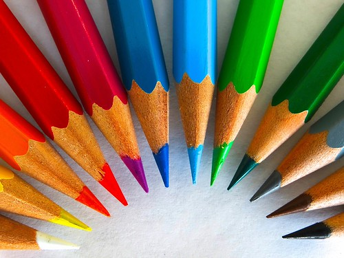 colour-pencils-450621