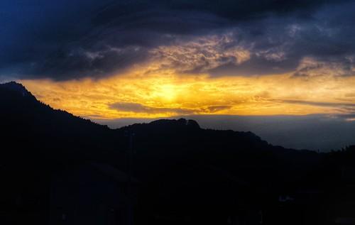sunset sony 85mm qx1 snapseed laea4