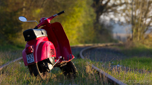 Vespa 50N sunset