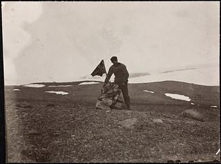 Vardebygging på nordspissen av Axel Heiberg Land, 1900