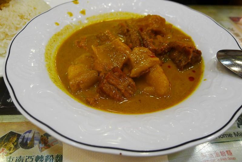 黃牌馬來咖喱牛腩飯 (1)