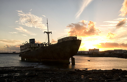 sunset costa shipwreck teguise