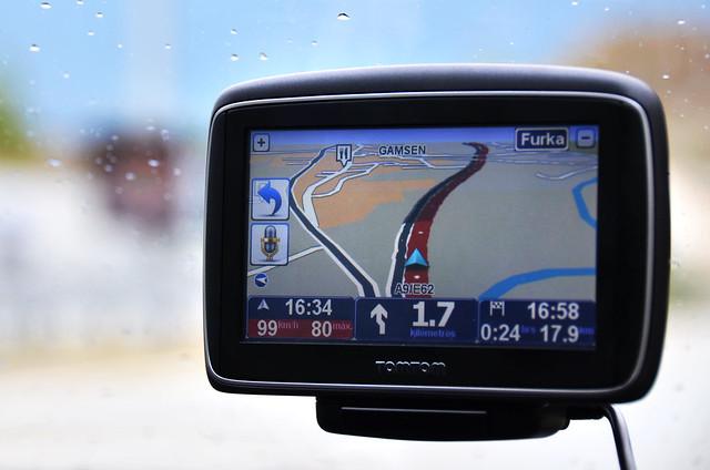GPS Tomtom Go en nuestro coche de alquiler en Suiza