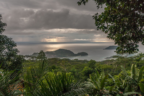 sunset cloudy seychelles mahe portglaud
