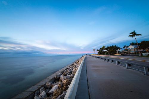 longexposure travel usa sunrise seaside nikon meer florida d750 lighttrails keywest sonnenaufgang floridakeys wideangel rooseveltblvd