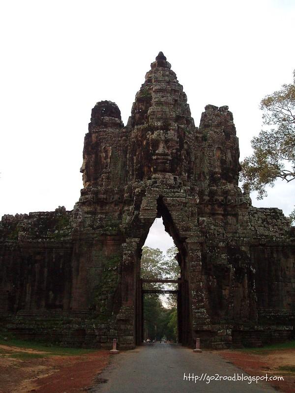 Въезд на территорию Ангкор Тома