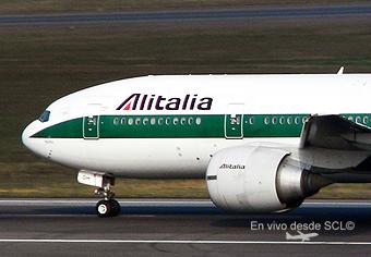 Alitalia B777-200ER (1) (E.Moura)