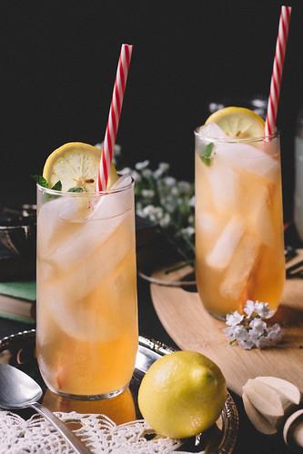 A John Daly with a twist   Lavender Lemonade & Peach Iced Tea // TermiNatetor Kitchen