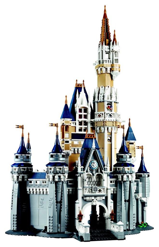 lego 71040 the disney castle toy people news. Black Bedroom Furniture Sets. Home Design Ideas