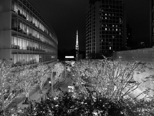 FUJIFILM X30 night scene illumination SNOW&BLUE Film Simulation Monochrome R filter