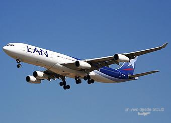 LAN A340-300 en final (RD)