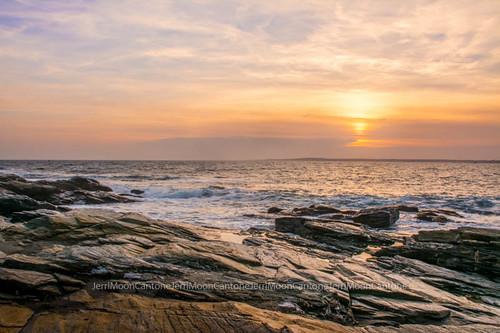 sunset seascape beach rocks rhodeisland beavertail jamestown