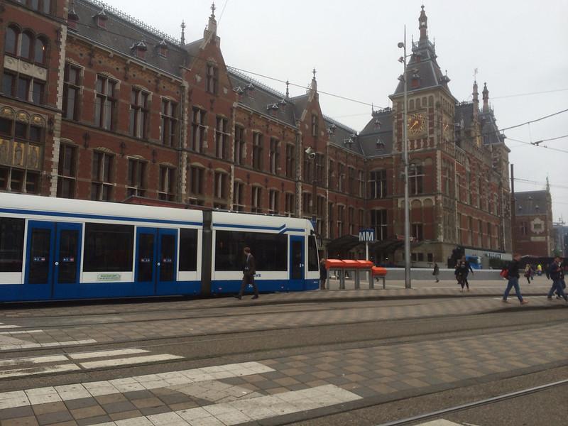 アムステルダム中央駅 駅前