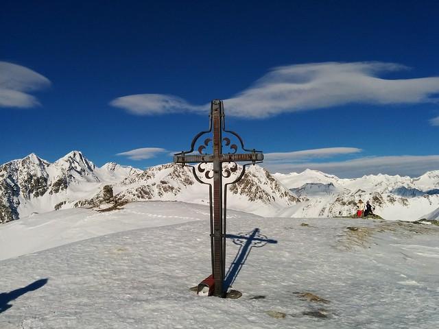 Gipfelkreuz Terner Jöchl, Am Joch