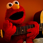 Geetar Pickin' Elmo!!