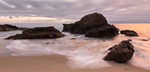 sunset panorama beach water clouds gold sand rocks waves dramatic lagunabeach woodscove
